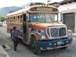 Typischer Chicken-Bus aus Guatemala - die komfortable Version im Gegensatz zu den Stadtbussen