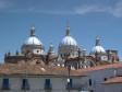 Kathedral mit seinen drei blauen Domen in Cuenca